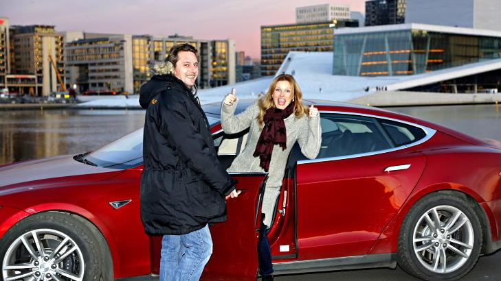 model-s-avtomobil-goda-v-norvegii-1