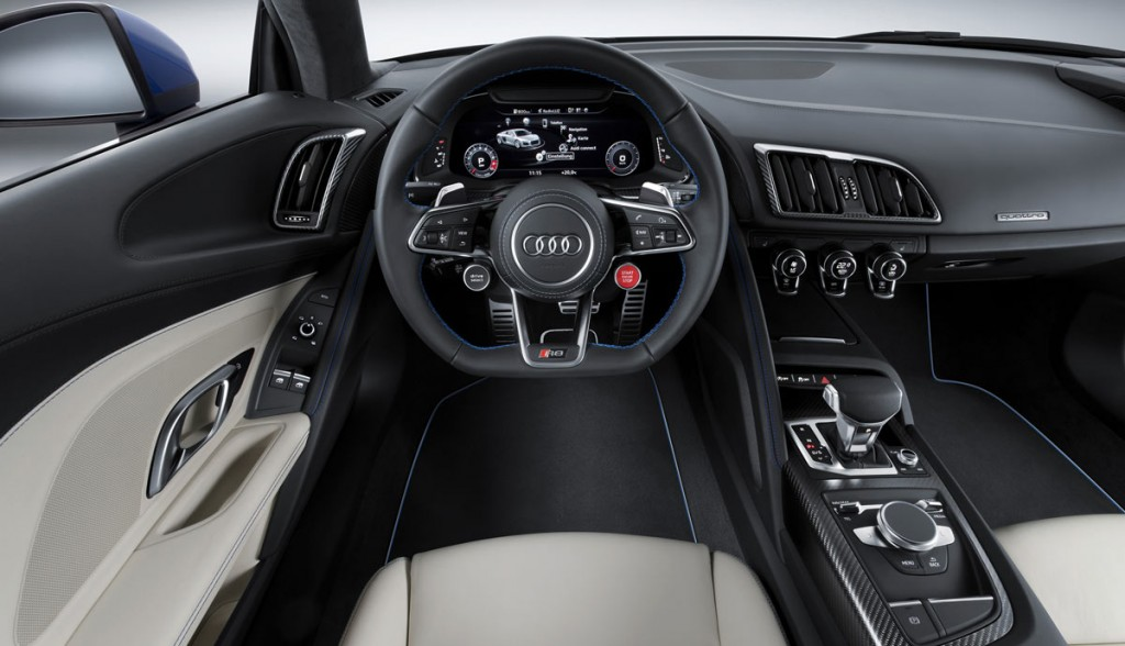 Интерьер Audi R8 e-tron