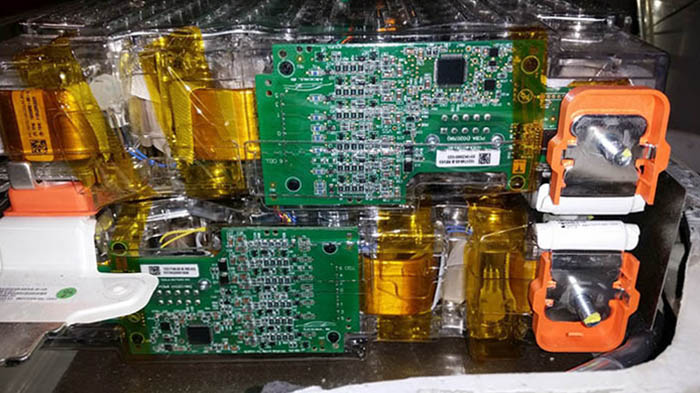 Микросхемы аккумулятора Tesla