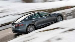 Tesla Model S в России