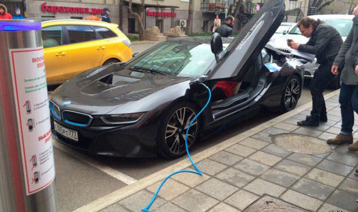 Электрозаправка в Москве